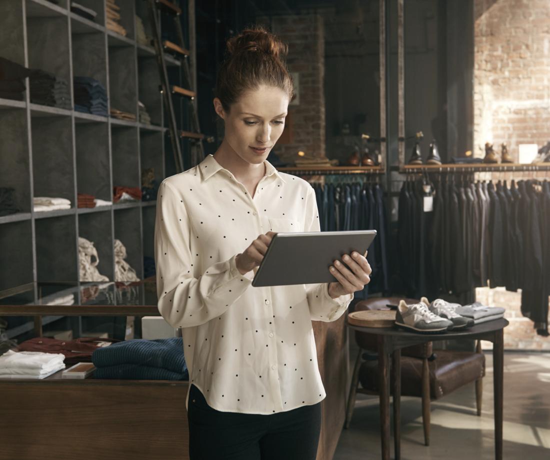 Klientų srauto skaičiavimogalimybės:   Skaičiuojamas atėjusių ir išėjusių klientų skaičius  Praėjusių pro parduotuvę ir apsilankiusių asmenų skaičius  Grįžusių klientų skaičiaus stebėjimas – klientų lojalumo statistika  Esant galimybei – kryžminio pirkimo palyginimas (ar tas pats klientas apsilanko ir kitose parduotuvėse)  Praleisto laiko parduotuvėje trukmės statistika  Efektyviausio atsidarymo ir uždarymo laiko statistika (įmonei arba parduotuvei)  Galimybė palyginti visų parduotuvių rezultatus tarpusavyje  Parduotuvės zonų analitinė ataskaita - įrengus papildomas kameras galima matuoti atskirų parduotuvės zonų srautus