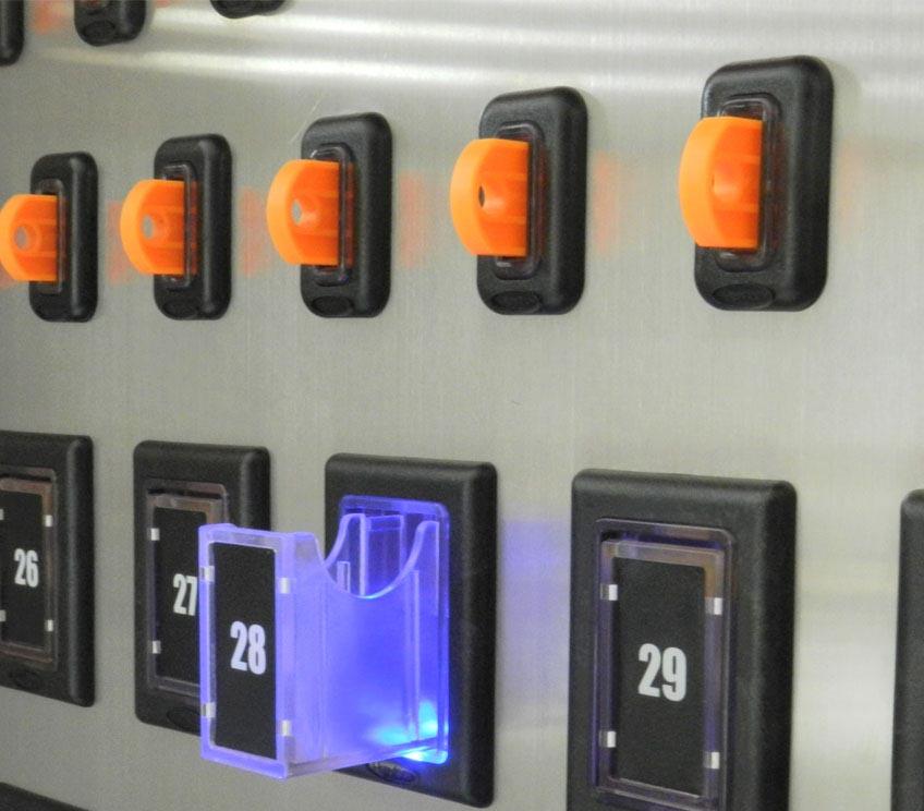 Pažangi raktų valdymo ir saugojimo spintelė KMS-CAB
