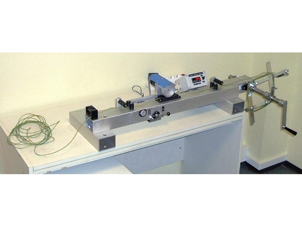 Laidų susikimo ir jų ilgio matavimo prietaisas KMS-2