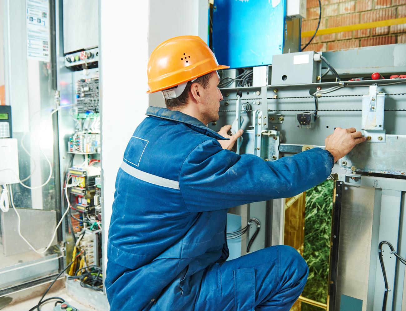 Teikiamos paslaugos ir sprendimai:   Prekių apsaugos sistemos  Kvapų marketingo sprendimai  Žmonių srauto skaičiavimo ir atpažinimo sistemos  Vaizdo stebėjimo sistemos  Apsaugos signalizacijos  Priešgaisrinės signalizacijos  Šildymo, vėdinimo, kondicionavimo įrangos diegimas, aptarnavimas  Alkotesterių remontas ir kalibravimas  Įvairių matavimo prietaisų remontas ir kalibravimas  Medicininės įrangos ir prietaisų remontas  Priešgaisriniai mokymai, civilinė sauga  Evakuacijos planų rengimas  Energetinio efektyvumo paslauga  Įvairios matavimų paslaugos