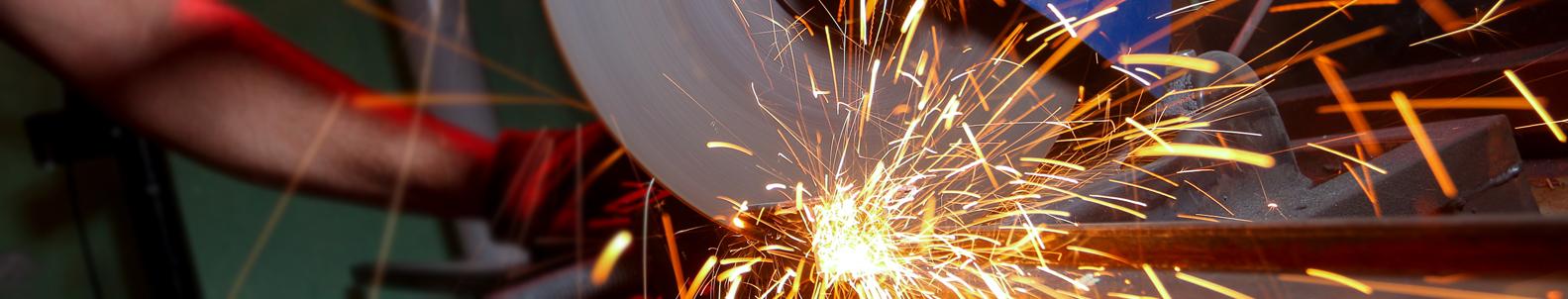Metalo pjovimo staklės  Pažangios, aukštos kokybės metalo pjovimo staklės