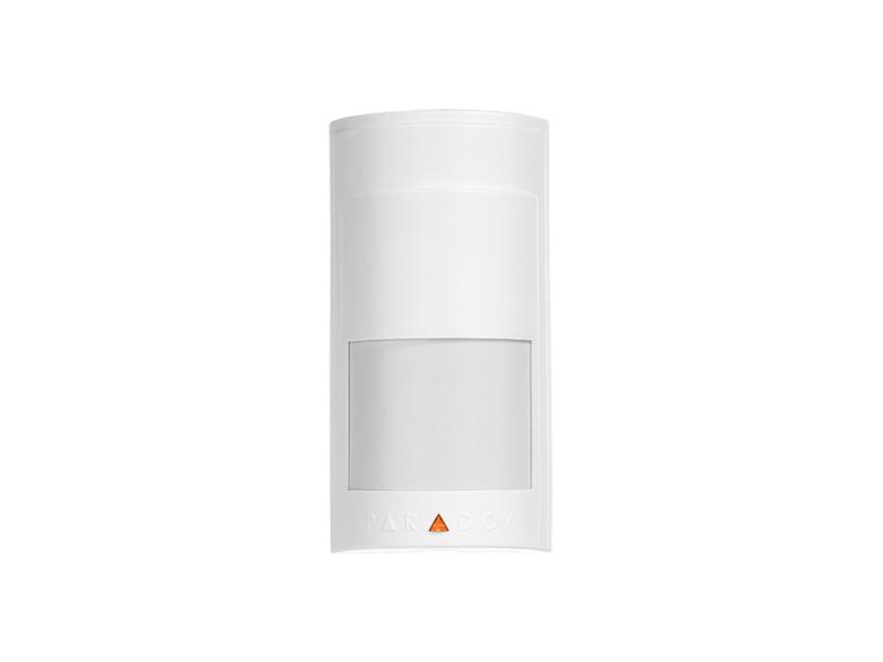 Belaidis judesio detektorius PARADOX MAGELAN PMD2P  Detektavimo laukas 11 x 11m, centre 15 m ir 88.5°. Dviejų elementų sensorius. Nejautrus gyvūnams iki 18 kg. Sabotažo jutiklis. Atsparumas RF trikdžiams 10V/m nuo 80MHz iki 2,7GHz. Energijos taupymo režimas. Maitinimas 4,5V 3x AAA elementai, veikimo laikas iki 2 metų. Veikimo atstumas: 70 m. Matmenys: 6,5 x 12,5 x 5,2 cm.