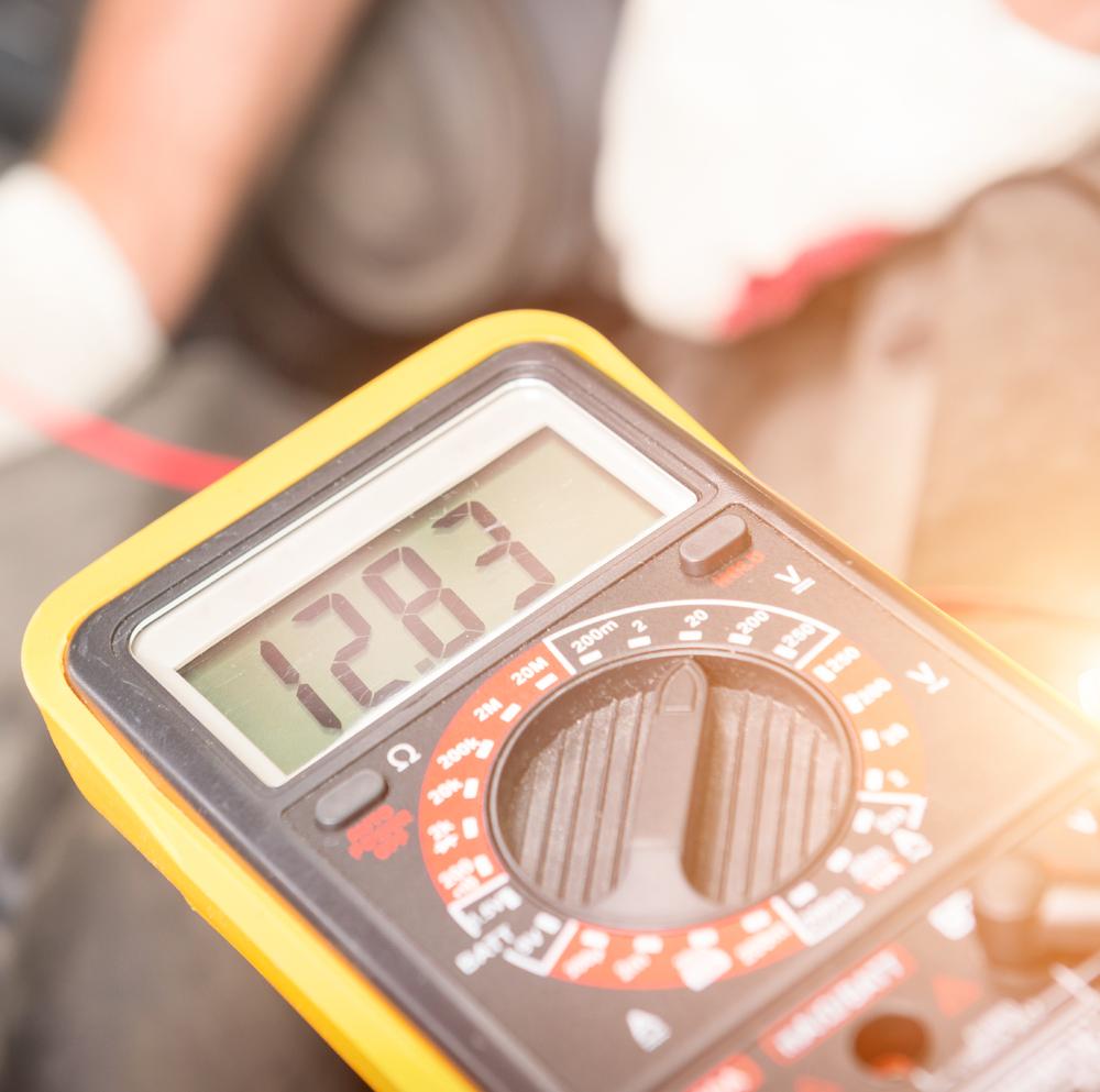 Atliekame matavimo prietaisų remontą ir kalibravimą  Remontuojame ir kalibruojame akustikos ir vibracijos, elektrinių dydžių, fizikos ir chemijos, geometrijos dydžių, jėgos, judesio, laiko ir dažnio, masės, slėgio, drėgmės, temperatūros, optikos ir optikos – fizikos, skysčių ir dujų kiekio matavimų prietaisus.