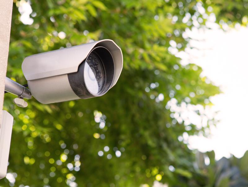 Nesate tikri, kokia IP vaizdo kamera jums reikalinga?   Dirbame su žinomais pasauliniais gamintojais, galime pasiūlyti įvairių parametrų Hikvision, Dahua ir kitų gamintojų IP vaizdo kameras - nuo paprastų iki sudėtingesnių modelių.  Susisiekite su mumis.  Pagal jūsų poreikius ir finansines galimybes patarsime, kokios IP vaizdo kameros geriausiai tiktų konkretaus jūsų objekto apsaugai.