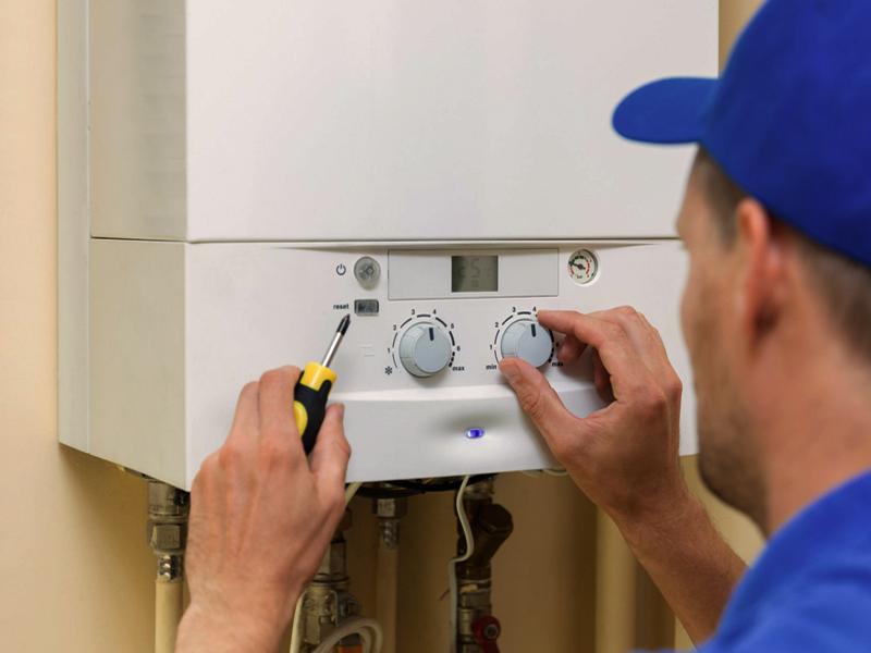 Dujinių katilų montavimas, įrangos aptarnavimas  Montuojame tiek iš mūsų įsigytus dujinius katilus, tiek jūsų turimą įrangą.  Pilnai atliekame visus pajungimo darbus, paruošiame sistemas naudojimui.  Darbų vykdymui parengiame konkretų planą, suderiname su klientu ir tiksliai jo laikomės.  Esant poreikiui atliekame dujinių katilų aptarnavimą, patikrą, remontą. Atliktiems darbams suteikiame garantijas.  Jei domina dujinio katilo pajungimas, dėl išsamesnės informacijos susisiekite su mumis.