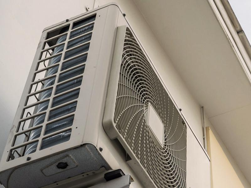 Oras vanduo šilumos siurblių montavimas, aptarnavimas, remontas  Montuojame tiek iš mūsų įsigytus oras vanduo šilumos siurblius, tiek jūsų turimą įrangą. Pilnai atliekame visus pajungimo darbus, paruošiame sistemas naudojimui.  Esant poreikiui atliekame šilumo siurblių aptarnavimą, patikrą, remontą. Atliktiems darbams suteikiame garantijas.  Dėl išsamesnės informacijos susisiekite su mumis.