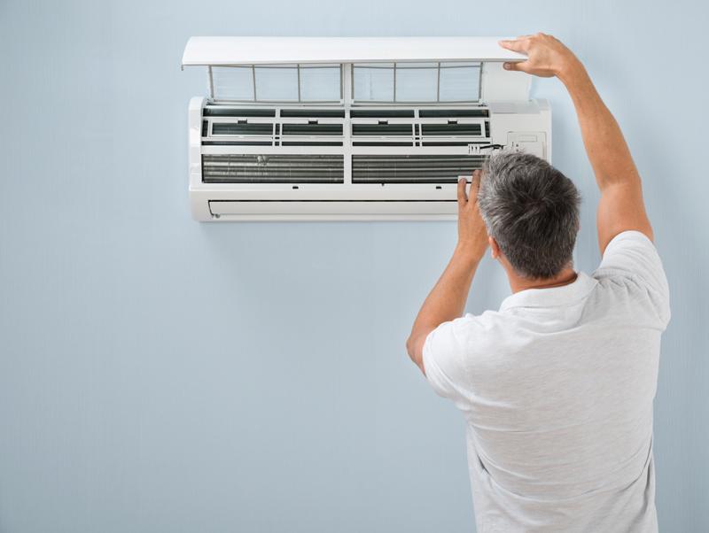 Multi split oro kondicionierių montavimas, remontas, aptarnavimas  Montuojame tiek iš mūsų įsigytus multi split oro kondicionierius, tiek jūsų turimą įrangą.  Pilnai atliekame visus įrengimo darbus, paruošiame kondicionierius naudojimui.  Darbų vykdymui sudarome konkretų planą, suderiname su klientu ir tiksliai jo laikomės.  Esant poreikiui atliekame oro kondicionierių aptarnavimą ir remontą. Darbams suteikiame garantijas.  Dėl išsamesnės informacijos susisiekite su mumis.