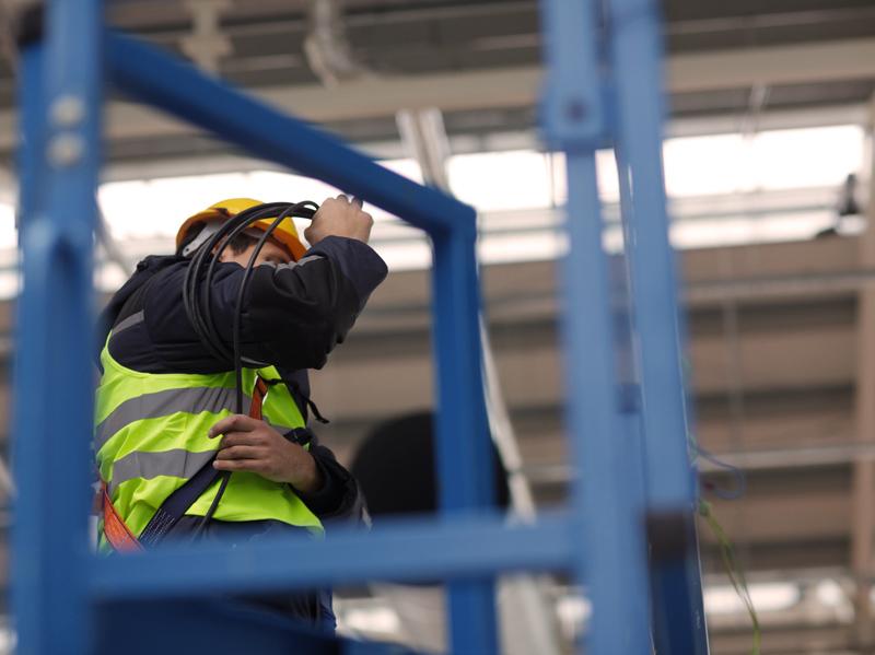Agrochemos elevatoriuje Kėdainiuose atlikome kabeliavimo, automatizacijos darbus, nutiesėme apie 30 km automatikos kabelių, atlikome metalinių konstrukcijų montavimo darbus.