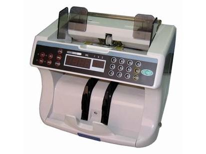 Pinigų tikrinimo ir skaičiavimo aparatas SE-5500